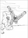 disegno di hulk che lancia in aria la mummia