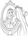 Rapunzel allo specchio.